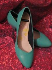 Продаю туфли-лодочки VAGABOND