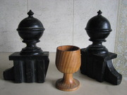 Токарные деревянные изделия вытачиваю под заказ из ценных пород . Качественно