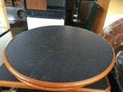Продам круглые столы бу для кафе